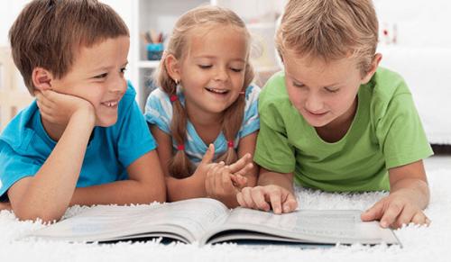 Los niños prefieren los libros en papel