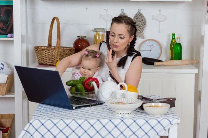 Mamás monpet, mujeres sin tiempo para ellas