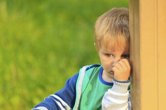 ¿Qué es el mutismo selectivo infantil?