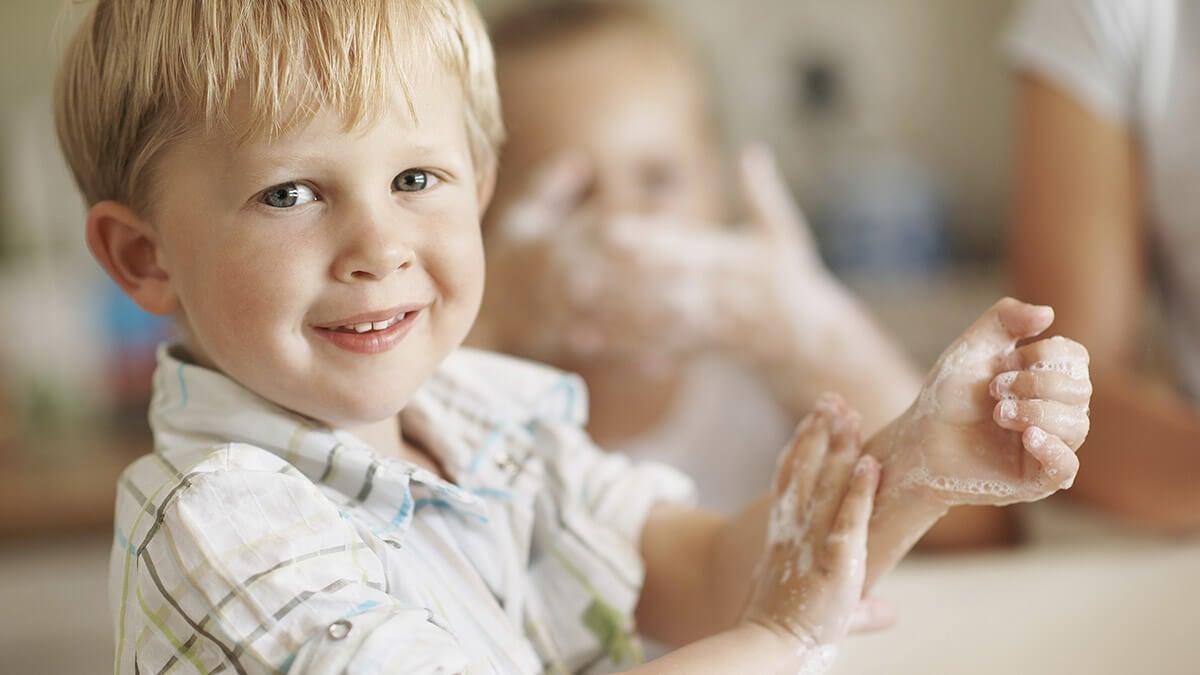 Crear el hábito de lavarse las manos de forma divertida