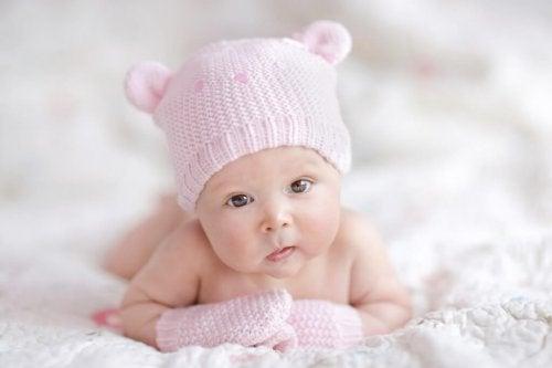 Qué ropa comprar a tu bebé recién nacido ac6bd71faf6b