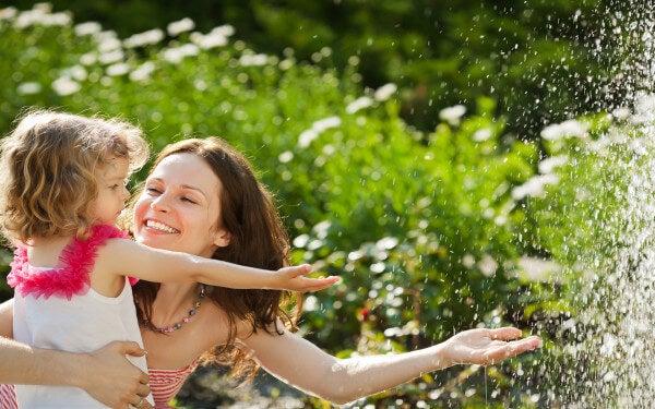 5 consejos para criar a un niño feliz