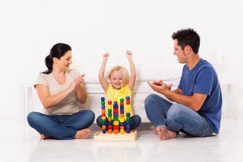 Cómo afecta el elogio en los niños
