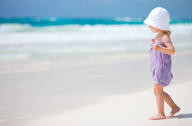 6 Juegos en la playa que puedes hacer con tu hijo