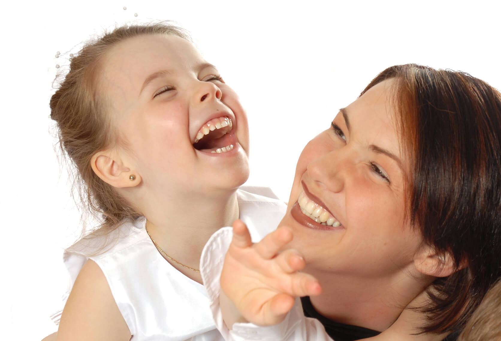 Cómo desarrollar el sentido del humor en los niños