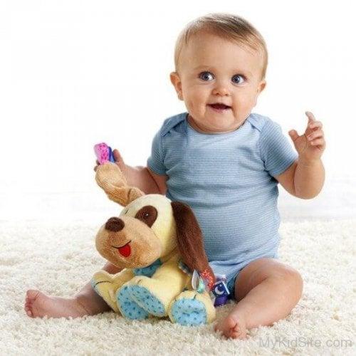Cómo conseguir que tu hijo de 1 a 2 años juegue solo