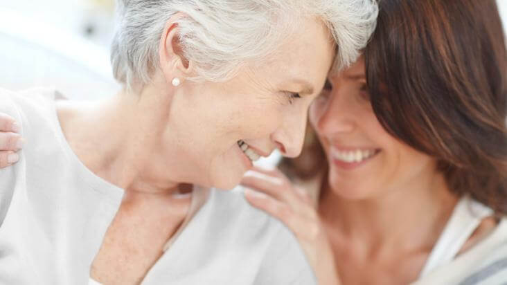 12 consejos de las abuelas para vernos más jóvenes