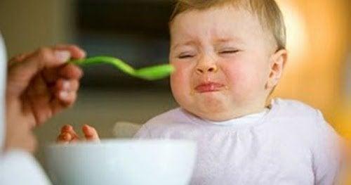3  razones para no obligar al niño a comer si no quiere