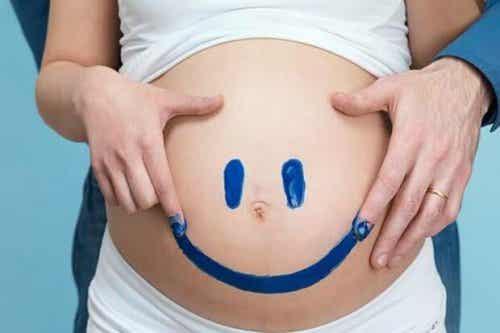 Buen humor contra las molestias del embarazo