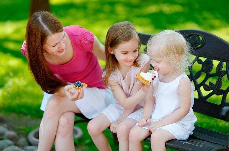 4 reglas para enseñar a tu hijo a compartir