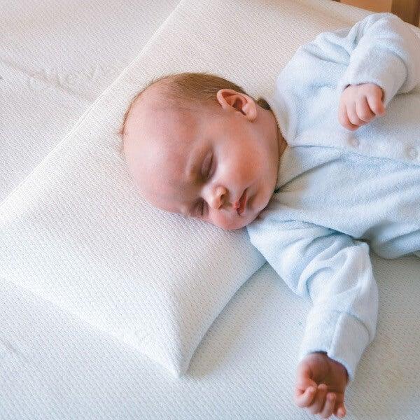 los bebés no deben usar almohada 2
