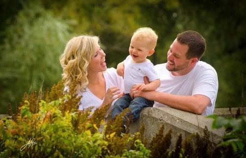 5 cosas que debe aprender tu hijo único