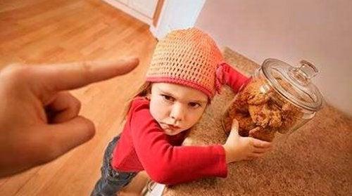 """No tengas miedo de decir """"no"""" a tus hijos si lo que quieren no es lo que necesitan"""