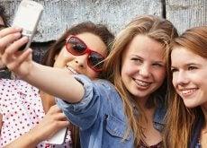 adolescentes con móvil 1