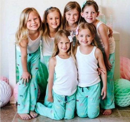 ¿Cómo celebrar una fiesta de pijamas con tu hija?