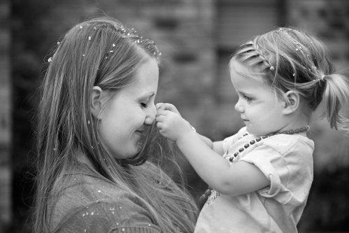 Cómo mejorar la relación madre e hija