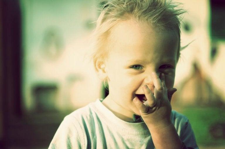 Cuándo comenzar a preocuparte si tu hijo no habla