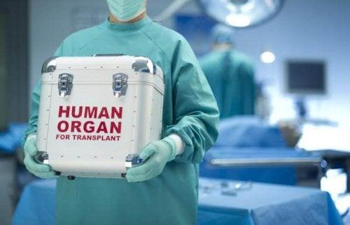 La donación de órganos provee esperanzas a muchas familias.