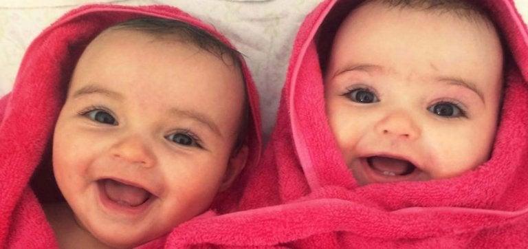10 ventajas de ser padres de gemelos