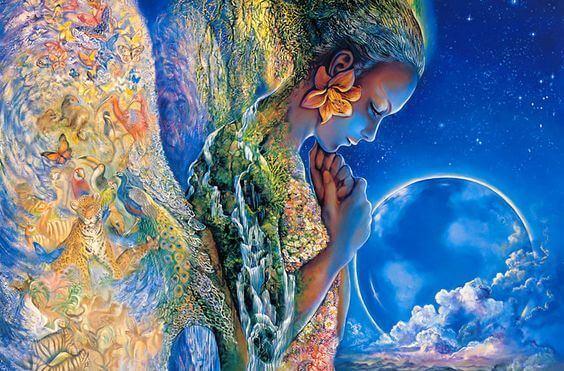 mujer con flor en el pelo tras la luna