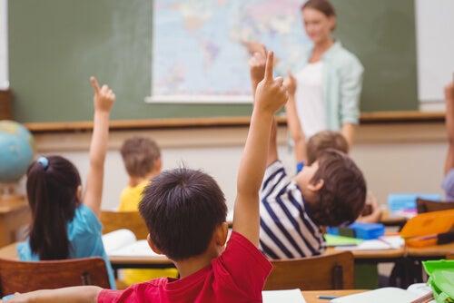 Aprender otro idioma garantiza que los niños tengan una buena educación
