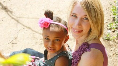 El apego en los niños adoptados y cómo fomentarlo