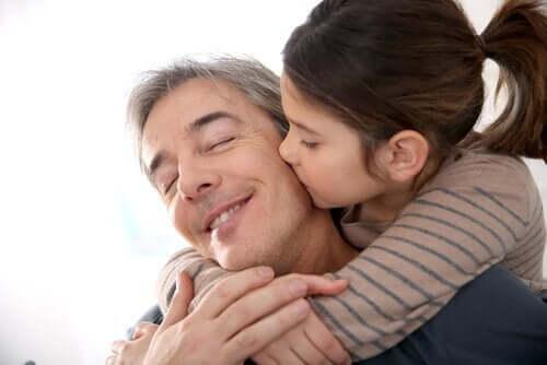 10 cosas que debe hacer un padre para que su hija sea una mujer fuerte