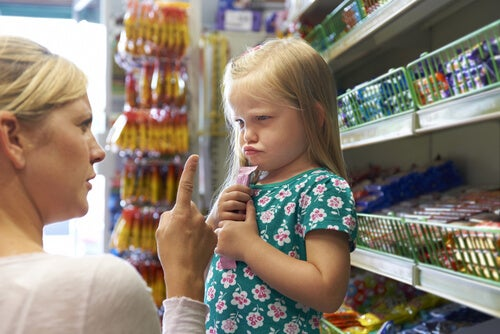 4 frases para acabar con las rabietas de tus hijos