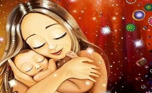 mamá que disfruta de apapachar el alma de su bebé mientras lo abraza