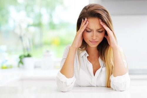 Cómo tratar el dolor de cabeza en el embarazo
