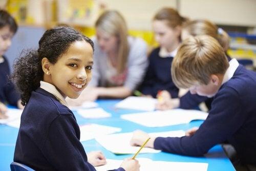 Los informes PISA evalúan la efectividad del sistema educativo de un país.