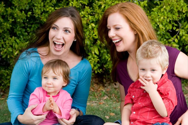Madres con sus hijos