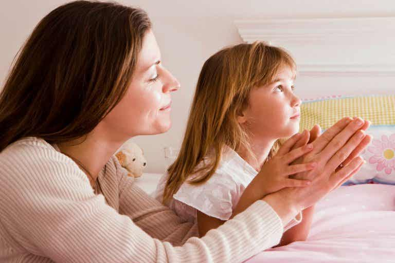 10 maneras de acercar a tu hijo a Dios