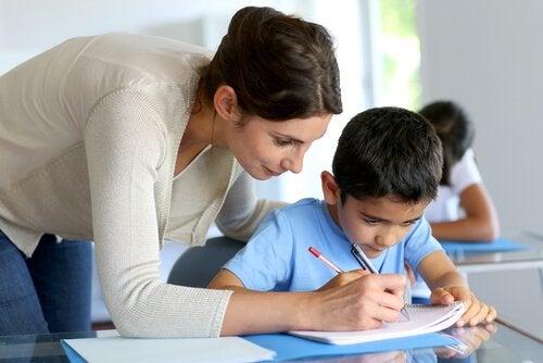 'Soy profesor' es una frase que muchas personas enarbolan con orgullo.