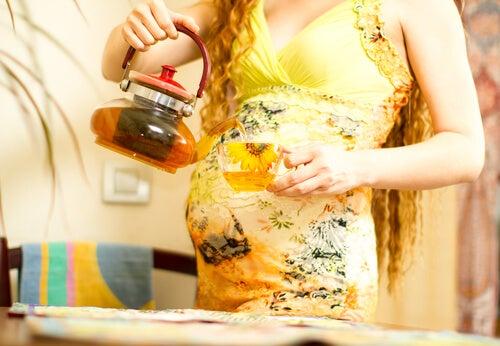 Los mejores tés para mamás embarazadas