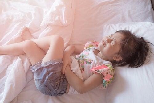 La apendicitis en niños: síntomas y tratamiento