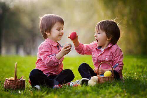 5 fórmulas para desarrollar las habilidades sociales en tu hijo