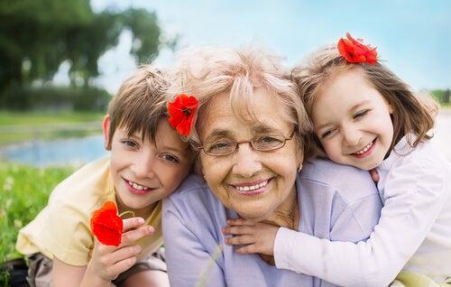 Los abuelos son un regalo que cae del cielo