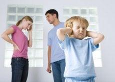 Las consecuencias de una familia disfuncional sobre los niños pueden mantenerse durante toda su vida