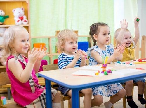 Las guarderías para bebés y niños son lugares muy educativos para ellos.