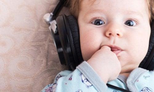 La música estimula a los bebés desde temprana edad