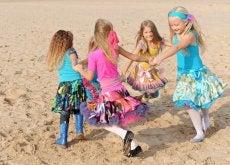 Las niñas y los niños deberían poder elegir sus juegos y juguetes libremente
