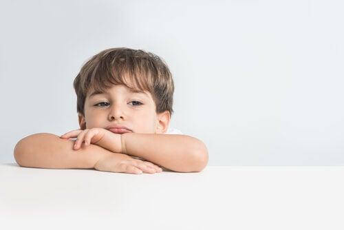 ¿Cómo explicar las emociones a los niños?