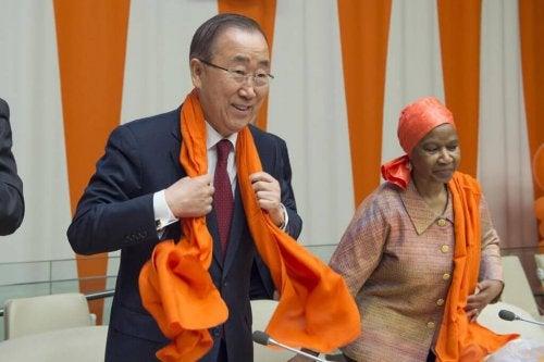 El secretario general de la ONU, Ban Ki Moon en el Día Naranja