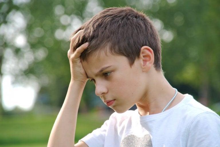 Cómo actuar cuando tu hijo comete un error