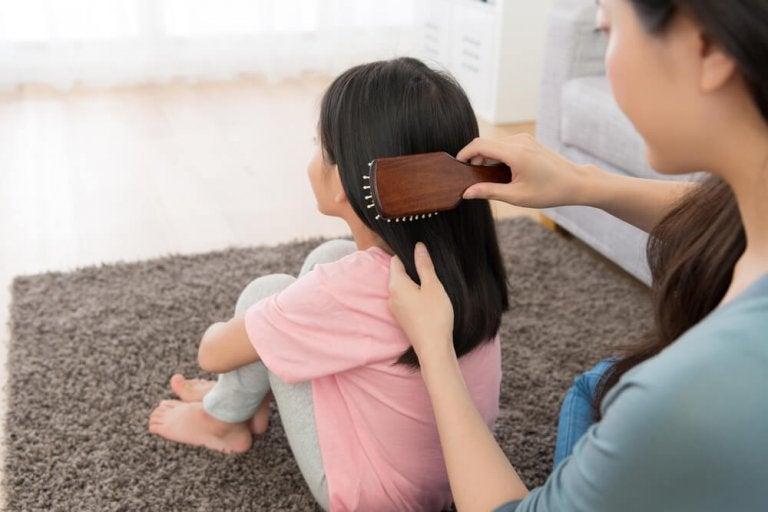 5 tipos de peinado para una niña sencillos