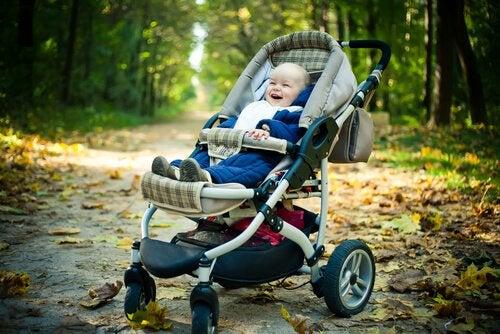 El cochecito del bebé debe adaptarse a las necesidades de los padres.