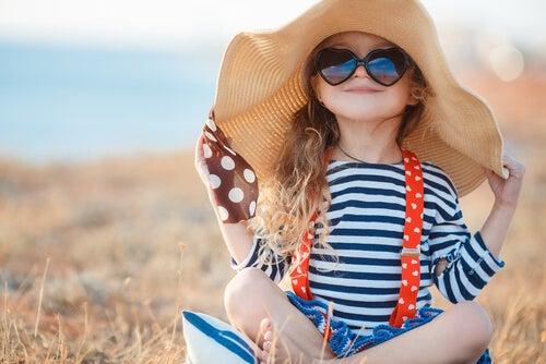 Al elegir la ropa de los niños debemos tener en cuenta las reglas básicas.