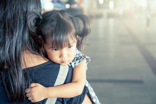 Cómo ayudar a los niños a sobrellevar la diáspora familiar