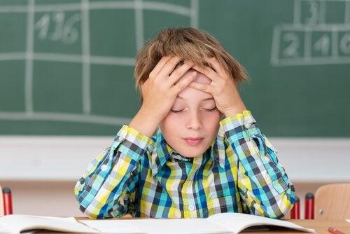 La ansiedad matemática en los niños se manifiesta en forma de rechazo hacia esta materia.